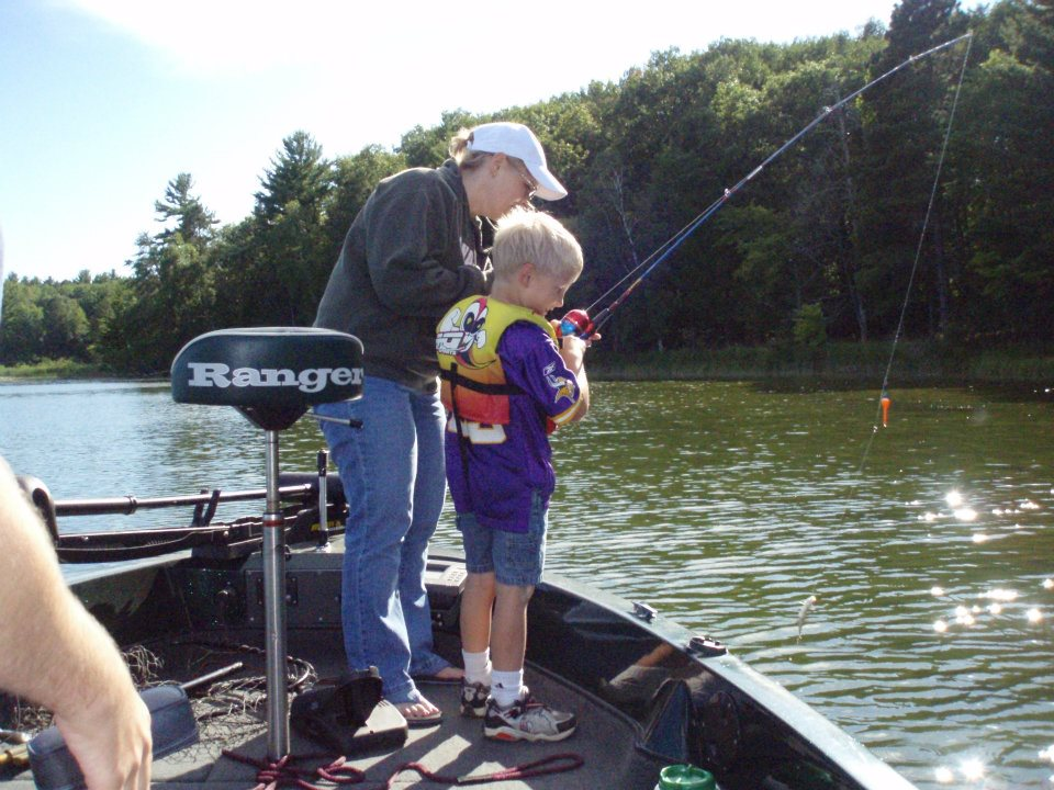 Minnesota fishing resort fishing the whitefish chain of for Minnesota fishing resorts